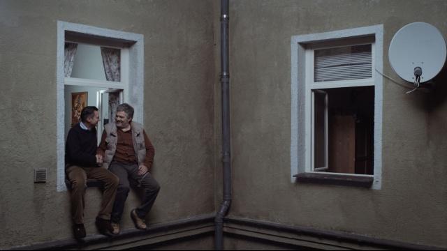 二つの窓 のサムネイル画像