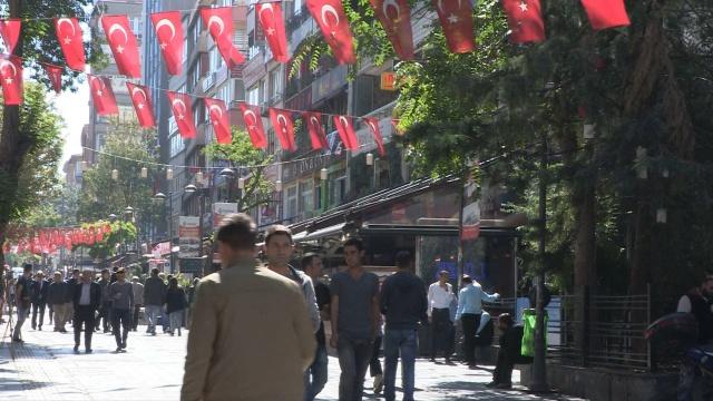 アワ・ワールド 世界は今 : トルコの大規模粛清 のサムネイル画像