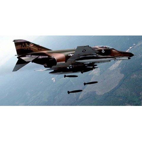 ベトナムの米空軍 ベトナム戦争資料映像 のサムネイル画像