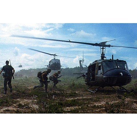 ベトナムの第4歩兵師団 ベトナム戦争資料映像 のサムネイル画像